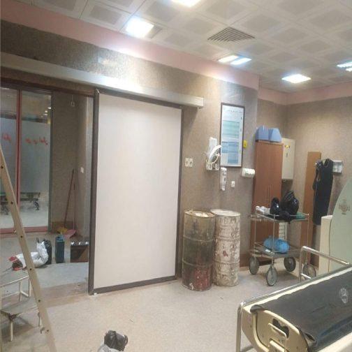 درب شیشه بیمارستانی آراد پرتو درمان